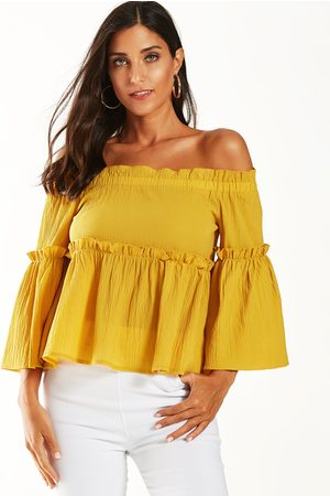 YOINS Off The Shoulder Lettuce-edge Crop Top