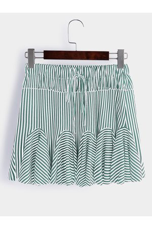 YOINS Lace-up Design Stripe Drawstring Waist Ruffle Hem Mini Skirts