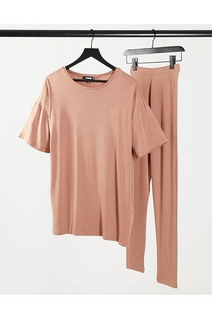 Missguided T-shirt and legging set in camel