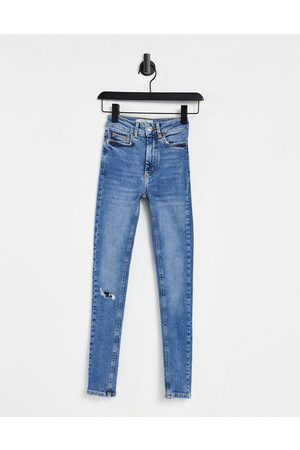 New Look Fray hem ripped mid rise jean in