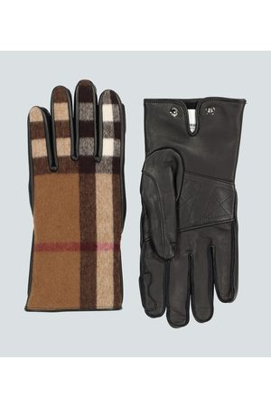 Burberry Leather and wool gloves