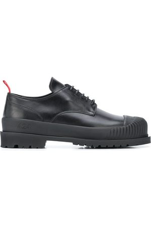 424 FAIRFAX Contrast pull-tab shoes