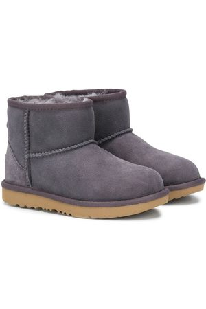 UGG Shearling lined snow boots