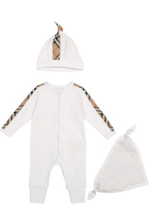 Burberry Baby cotton onesie, hat and bib set