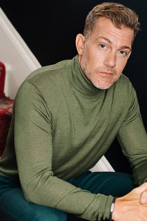 Mr Q Men Tops - CAINE - Silk and Cashmere Blend Rollneck Sweater - Olive