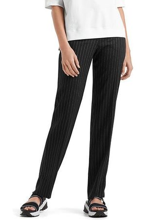 Marc Cain Sports Pinstriped pants NS 81.03 W47
