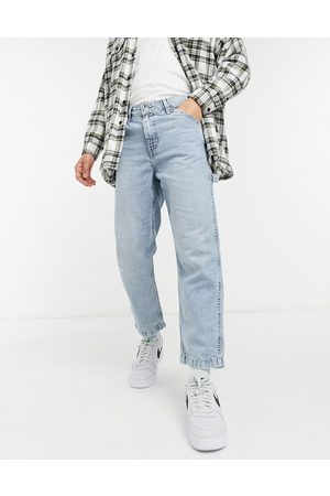 Levi's Levi's Youth tapered carpenter crop jeans in hundred choices light wash