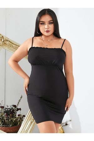YOINS BASICS Plus Size Square Neck Spaghetti Strap Sleeveless Mini Dress
