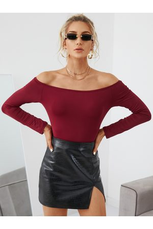 Yoins Burgundy Off The Shoulder Long Sleeves Tee