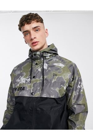 New Era Outdoor utility windbreaker with all over print