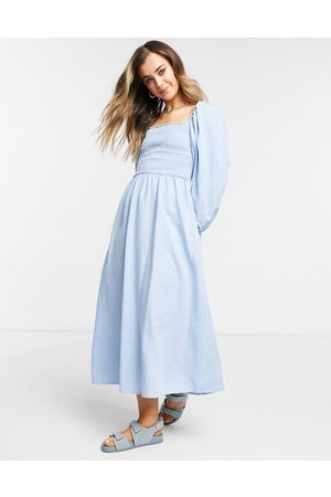 New Look Women Casual Dresses - Textured shirred midi dress in pale