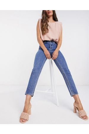Vero Moda Mom jeans with high rise in