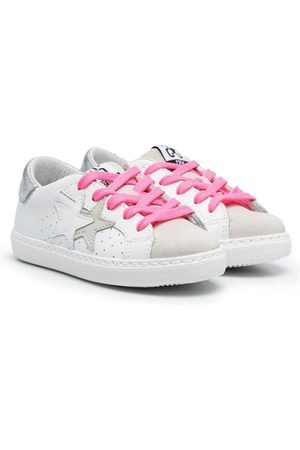2 stars Logo-patch low-top sneakers