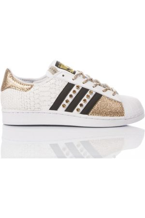 adidas WOMEN'S MIM1763 LEATHER SNEAKERS