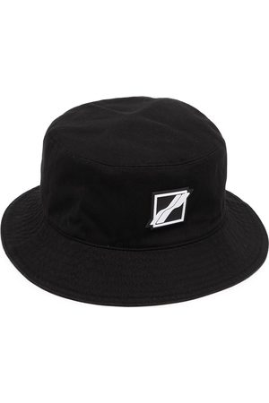 We11done Square-logo bucket hat