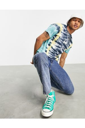 Mennace Oversized t-shirt in with chevron dip dye in green and yellow