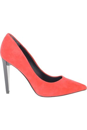 Guess WOMEN'S FLOBA4SUE08RED SUEDE PUMPS