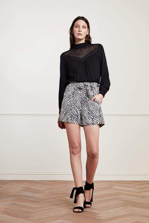 Fabienne Chapot And White Olivia Shorts