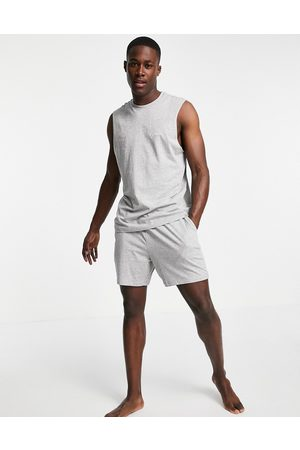 New Look Lounge vest & relaxed fit short set in