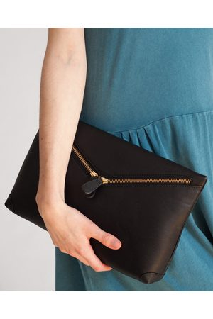 beaumont VALENCIA Leather Zip Clutch In