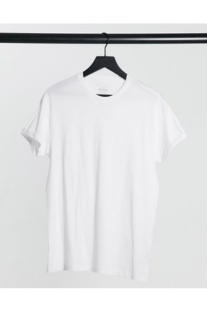 New Look Organic cotton roll sleeve t-shirt in
