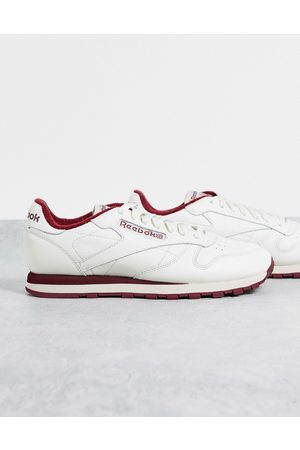Reebok Men Boots - Classic Leather trainers in chalk and burgundy