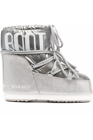Moon Boot Women Snow Boots - Classic Low Pillow snow boots