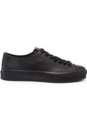 Givenchy Low-Top City Sneakers