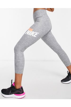 Nike One Sculpt Tight cropped leggings in