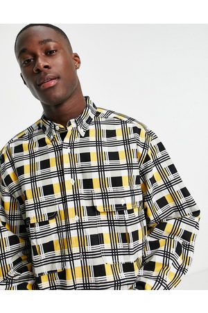Levi's Levi's Skateboarding square check 2 pocket relaxed fit overshirt in black/yellow