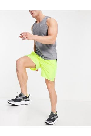 Nike Challenger 7 inch shorts in bright