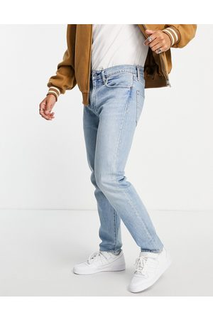 Levi's Levi's 502 tapered jeans in mid