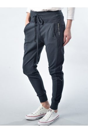 Suzy D Ultimate Jogger Navy
