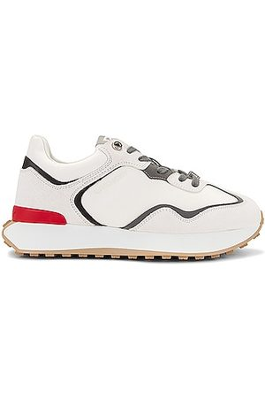 Givenchy GIV Runner Sneakers in & &