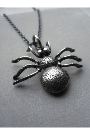Window Dressing the Soul Oxidised 925 Spider necklace