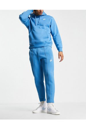 Nike Men Tracksuit - Club tapered fit joggers in dutch