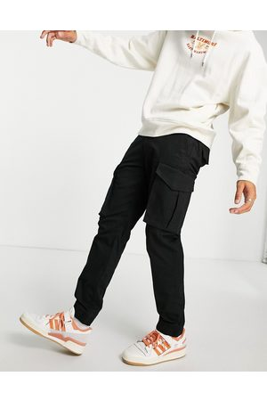 Only & Sons Tapered fit cargo trousers in