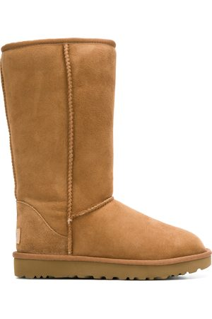 UGG Women Snow Boots - Fur-lined snow boots